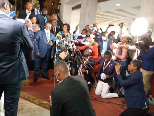 Consultations : Kyungu demande à Félix Tshisekedi de mettre fin à la coalition FCC-CACH