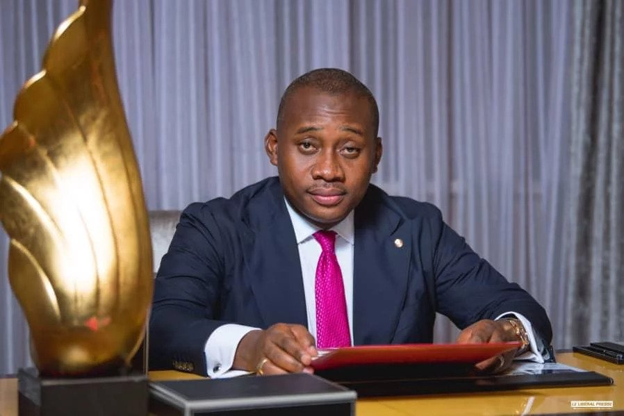 RDC : Guy Loando peblicité meilleur manager de la jeunesse par la Dynamique des forces sociales, pour sa fondation «Widal»