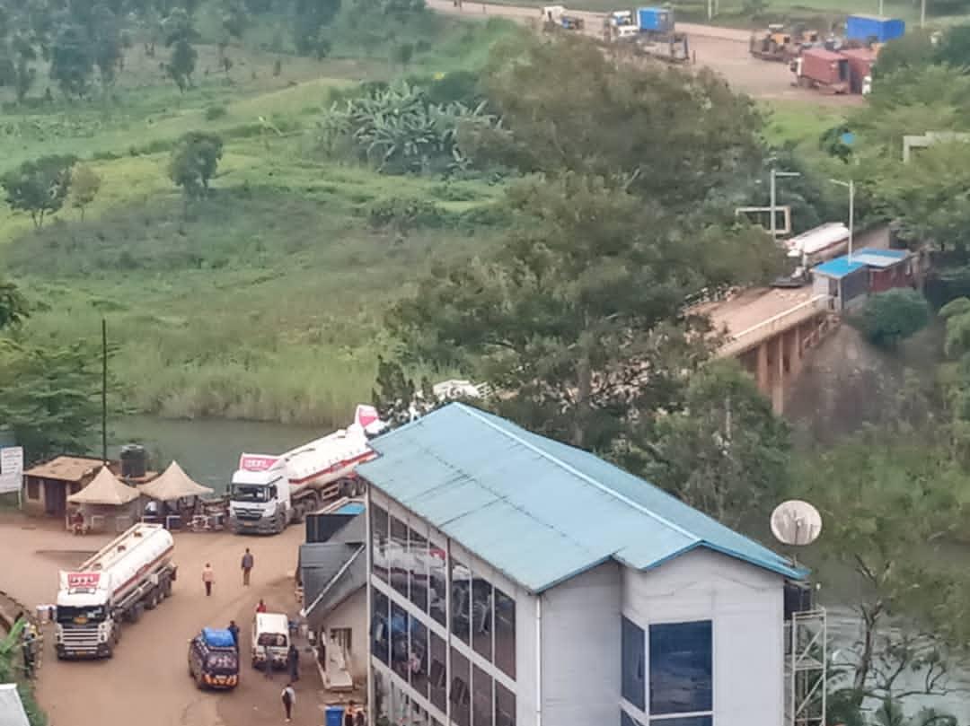 Sud-Kivu : Les usagers de la route Bukavu-Kamanyola sur la Rn5 félicitent le gouvernement pour la réhabilitation des 10km sur le 55 prévus