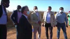 Haut-Katanga: Les Ambassadeurs de la Suede et du Canada visitent la ferme futuka sous conduite de Moïse katumbi