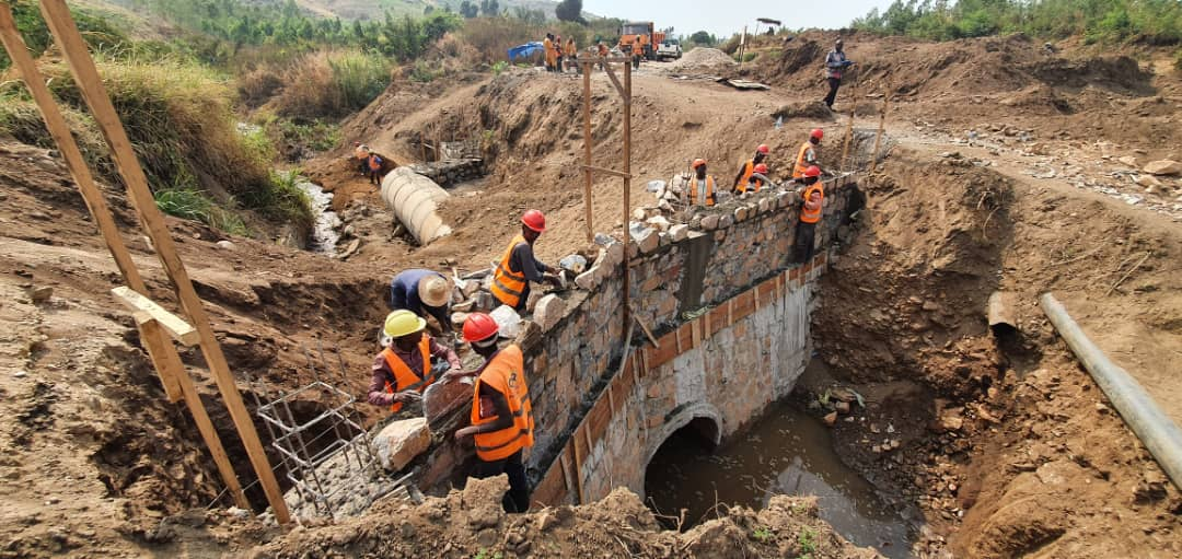Sud-Kivu/Uvira-Fizu : Bientôt la réhabilitation de la RN 5 par l'Office des routes et le Foner