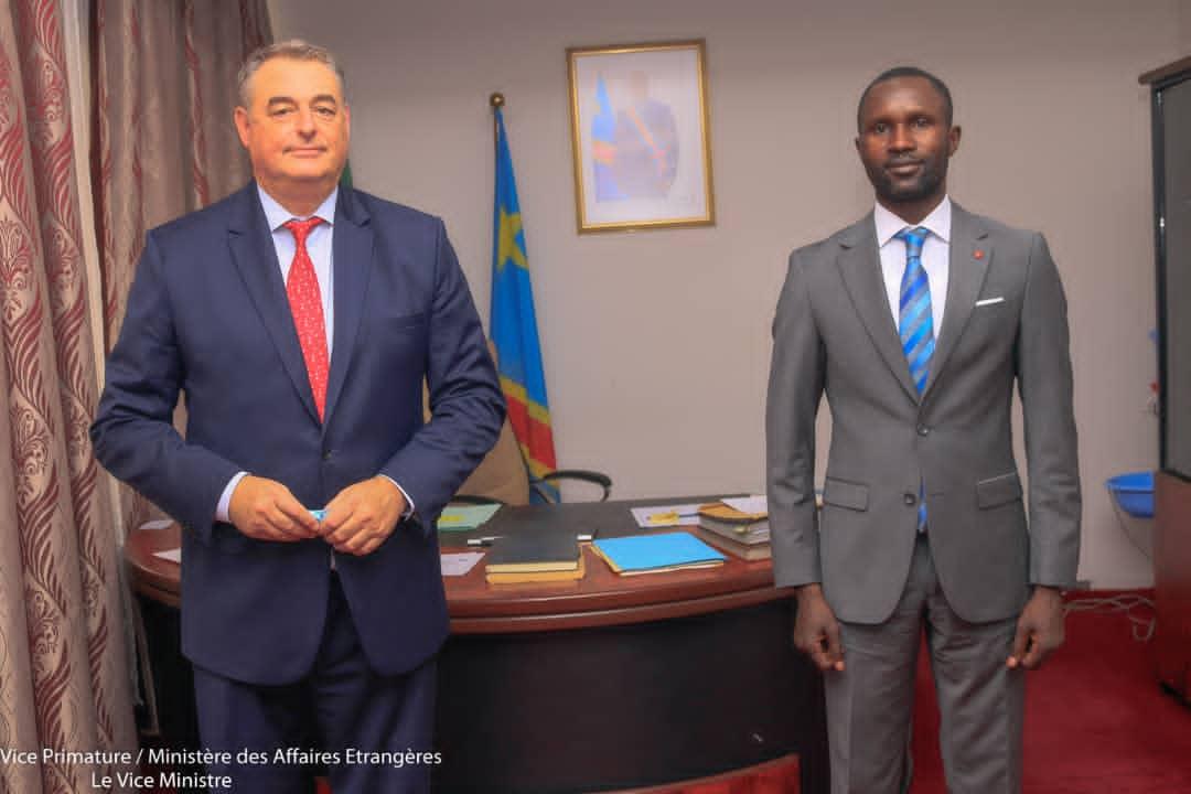 Coopération RDC-France : Samy Adubango et François Pujolas ont passé en revue les grands axes du partenariat privilégié !