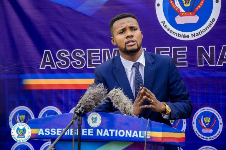 RDC-Ass.nat: Le député Daniel Mbau a officiellement déposé la proposition de loi fixant la dot à 500 $ en milieux urbains et 200$ en milieux ruraux