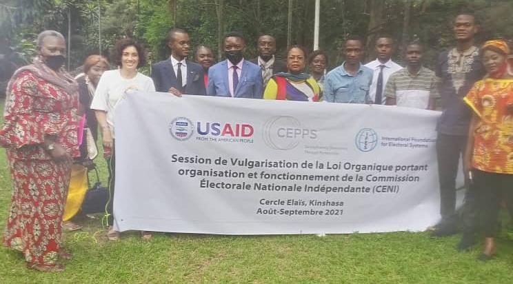 RDC : La loi organique portant organisation et fonctionnement de la CENI. Des jeunes en formation grâce à l'IFES