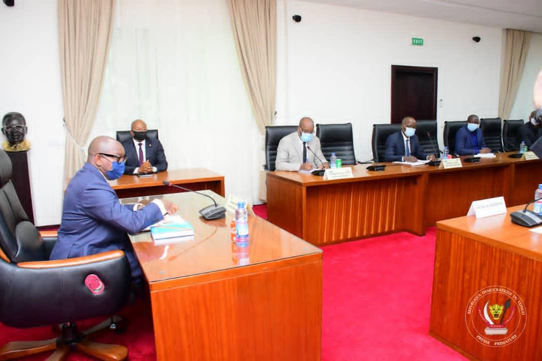 RDC/Primature : les Sénateurs de la ville de Kinshasa soumettent leurs préoccupations au Premier Ministre Jean-Michel Sama Lukonde
