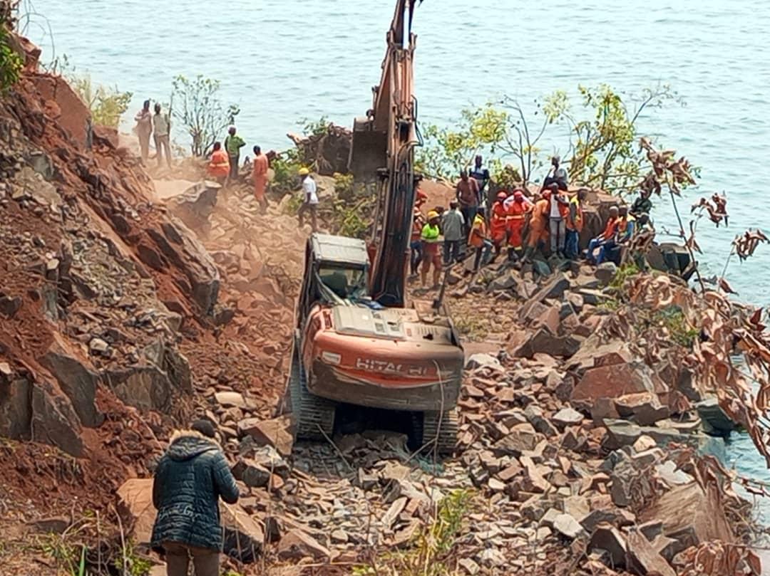 Sud-Kivu: évolution des travaux de dynamitage à Luhanga sur la RN5 dans le territoire d'Uvira
