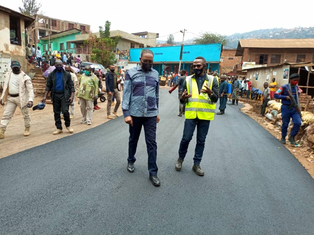 Sud-Kivu : Tour des chantiers de la Ville de Bukavu par le Gouverneur Théo Ngwabidje Kasi